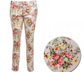 VINTAGE Floral three quarter Pants